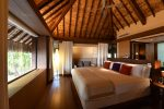 640x426_One Bedroom Villa_bedroom with a view_preview